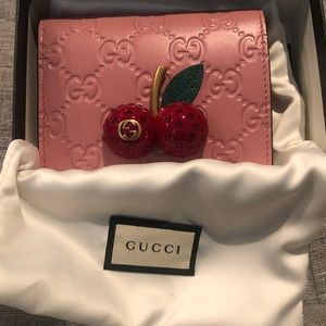 Gucci Japan Exclusive Cherries Wallet short